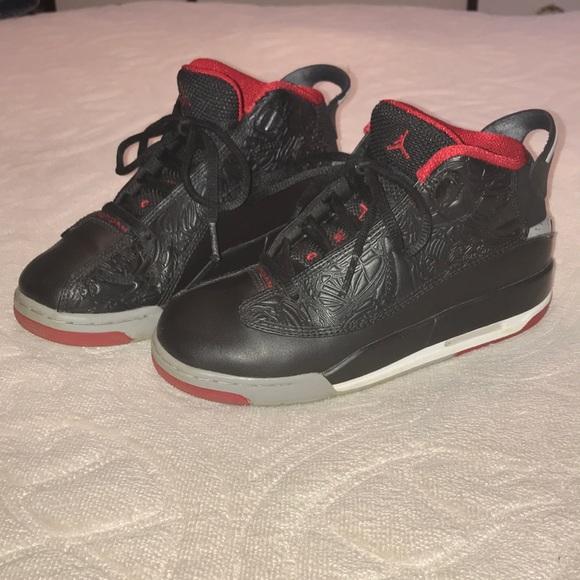 283f966af5 Jordan Shoes | Air Dub Zero Boys Sz 4 311047013 | Poshmark